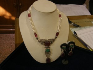 Mon-Pri India Pearl Necklace
