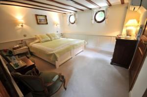 Renaissance Double Cabin Suite