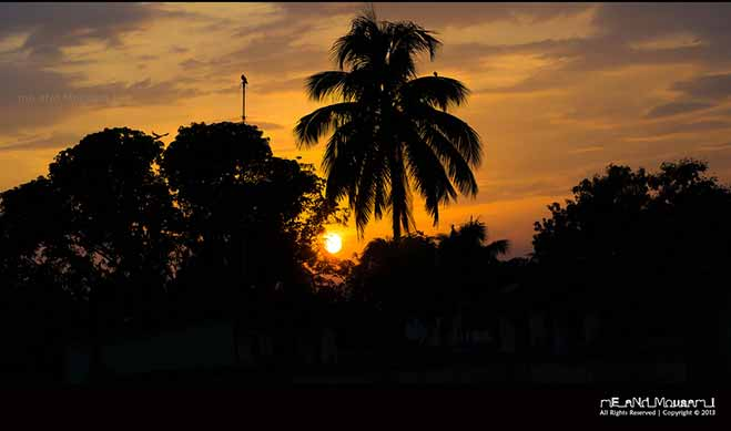 A surreal sunset.  Photo by: Mousam Samanta