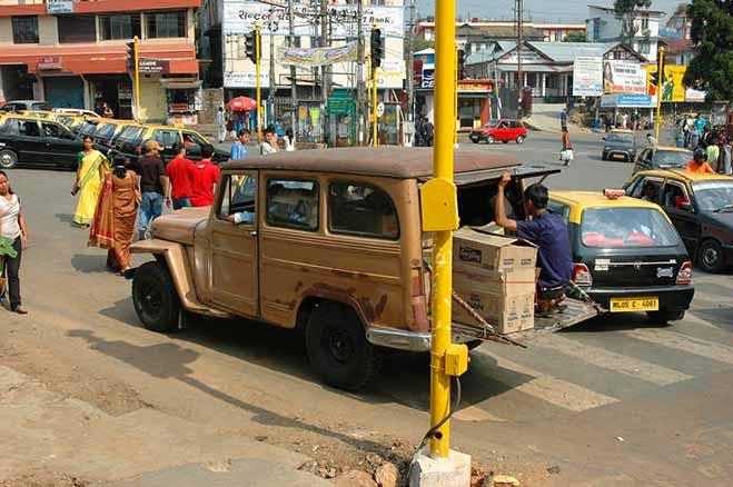 Shillong-A-Street-Scene