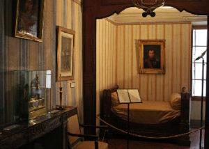 corsica_ajaccio-maison-bonaparte
